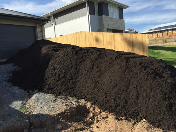 Under Turf soil Brisbane - soil supplies